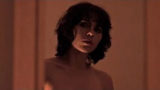 I wasn't expecting to see Scarjo wearing nothing but a… cold gaze (0:25 and 1:40)